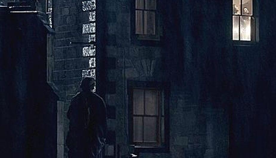fantôme de Jamie Outlander fenêtre Claire