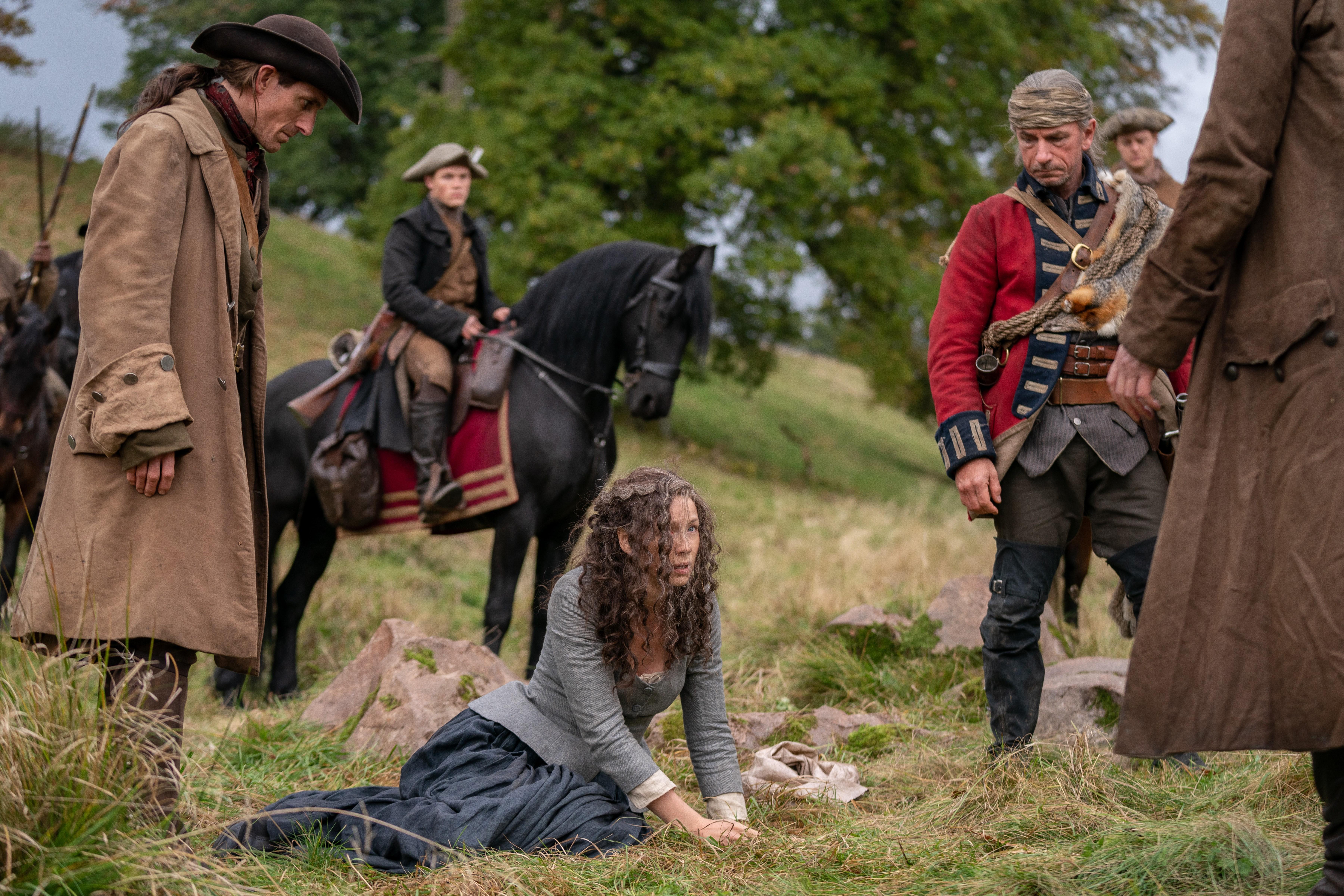 Claire enlevée par Lionel Brown Outlander Saison 5