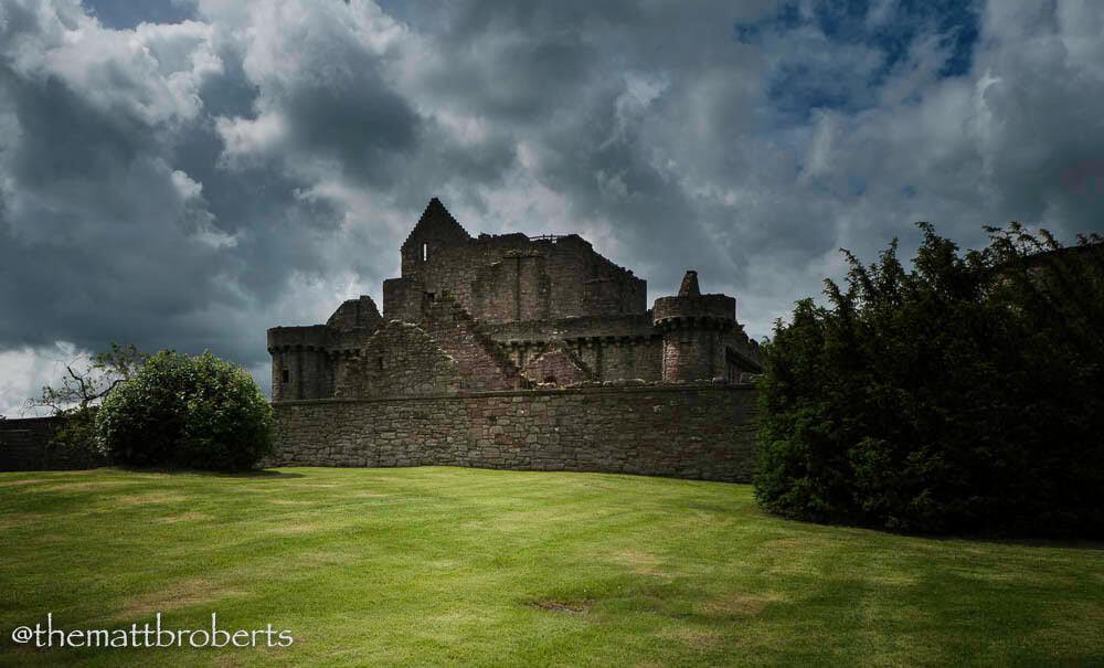 Outlander Craigmillar Castle château